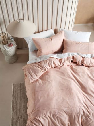 Straten Rose Flannelette Quilt Cover Set