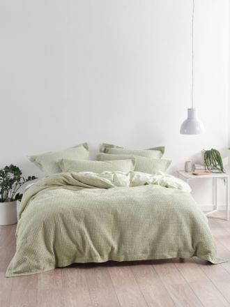 Deluxe Waffle Wasabi Quilt Cover Set