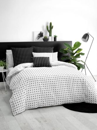Point Black Quilt Cover Set