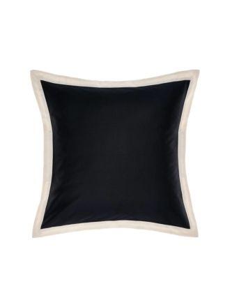 Hunter Cushion 45x45cm