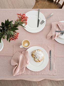 Nimes Pink Linen Placemat