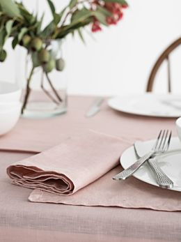 Nimes Pink Linen 4-Piece Napkin Set